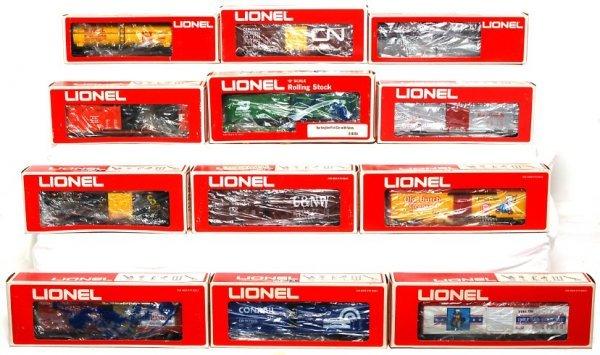 20: Twelve Lionel freight cars in original boxes