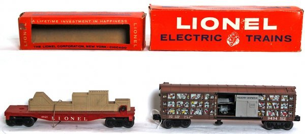 838: Lionel 3434 poultry, 6821 flat with crates, OB