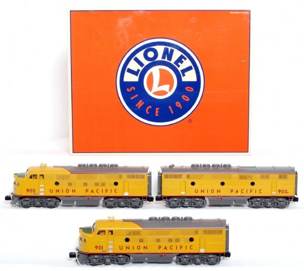 297: Lionel 24552  UP F3 diesel A-B-A units in OB
