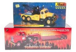 357: First Gear 1960 Mack Tractor 1960 Truck MINT OBs