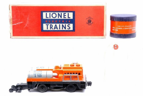 606: Lionel 3927 Track Cleaning Car 3927-50 Boxed