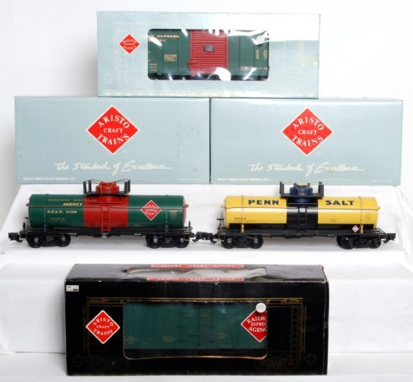 14: Three Aristo Craft G scale freight cars in OB