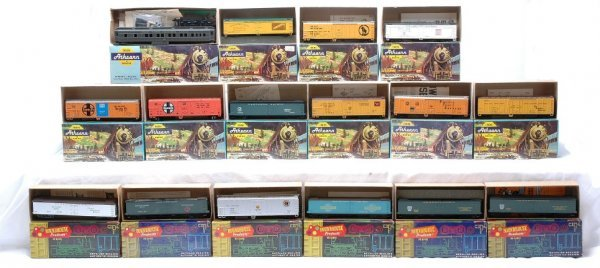 248: HO Scale Athearn and Roundhouse Products Boxed