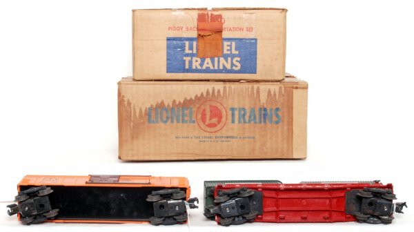 15: Lionel 352 ice depot and 460 piggyback in OB - 2