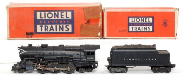 17: Lionel 2035 steam loco and 6466W tender in OB