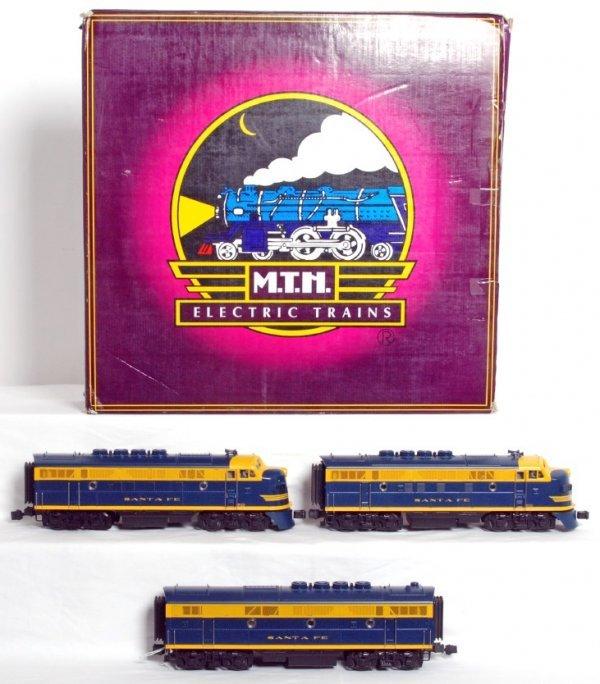 3: MTH 20-2219-1 Santa Fe F-3 A-B-A diesel set in OB
