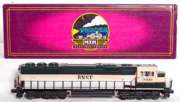 21: MTH 20-2154-1 BNSF EMD SD-70 MAC diesel in OB