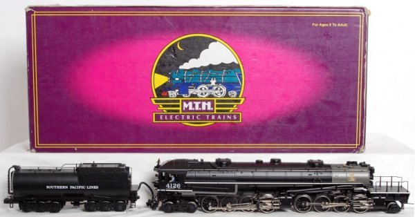 23: MTH 20-3125-1 Southern Pacific AC-6 cab forward