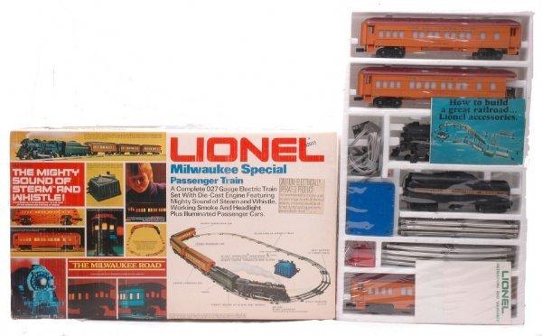 3: Lionel Milwaukee Special Passenger Set 1387MIB
