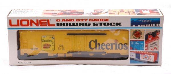 9: Lionel 9832 Cheerios Billboard Reefer MINT Boxed
