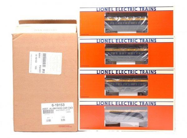 18: Lionel 19153 C&O Set of Four Aluminum Cars MIB