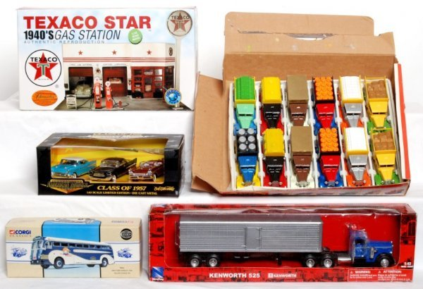 23: Lot of Misc. die cast cars,Texaco Station