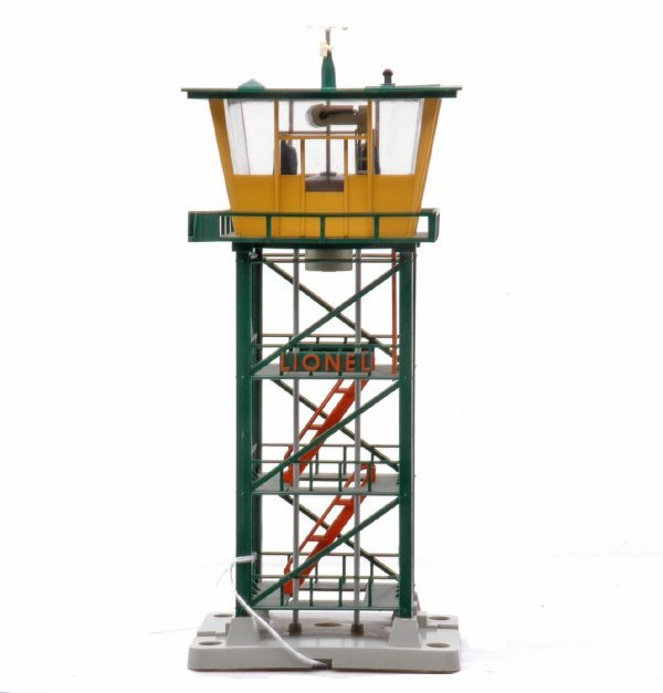 619: Lionel 192 Operating Control Tower LIKE NEW