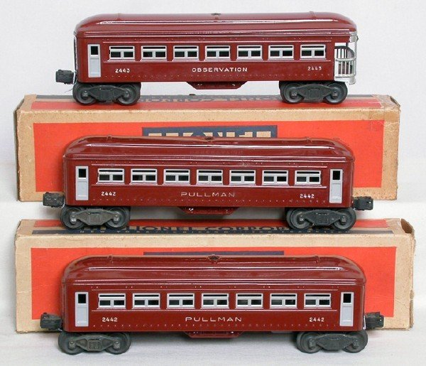 571: Lionel brown 2442, 2442 and 2443 cars in OB