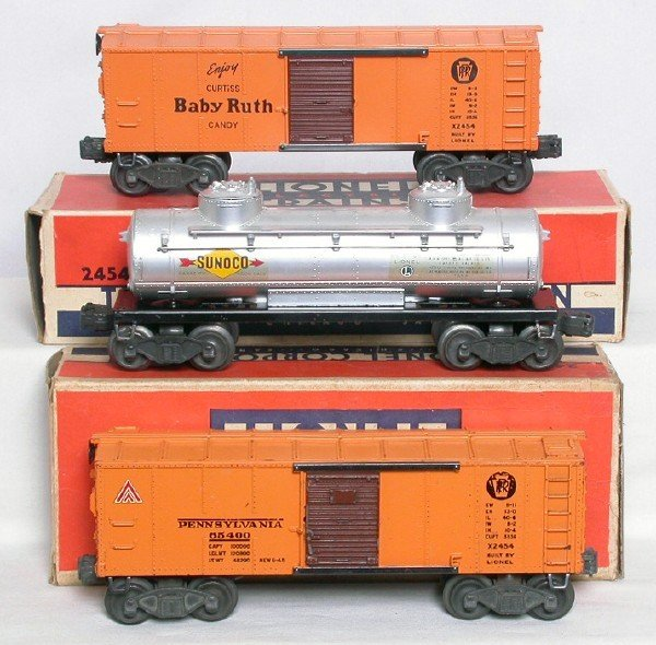 574: Lionel X2454 PRR and 2465 in boxes