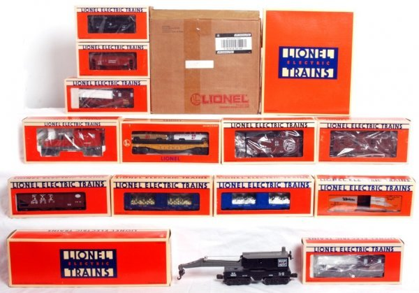 14: Twenty-four Lionel freight cars in OB