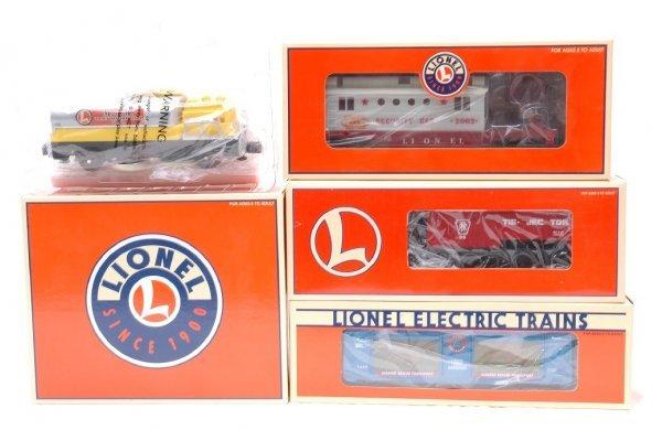 7: Lionel 18427 18461 16750 36718 MINT Boxed
