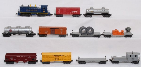 11: Lionel No. 624 C&O NW-2 with ten freight cars