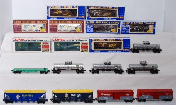 20: Lot of 18 Lionel/ K-Line cars