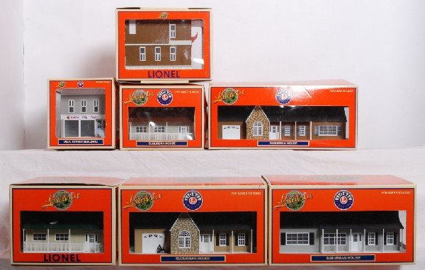 9: Lot of seven Lionelville buildings