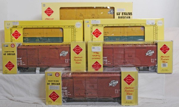 4: Six Aristo Craft C&NW boxcars and reefers