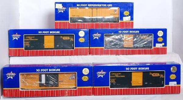 6: 5 USA Trains C&NW 50Õ boxcars / refrigerator