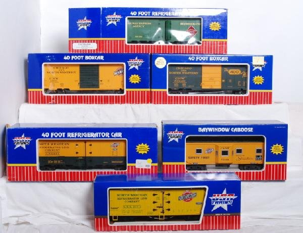 7: USA Trains C&NW boxcars, caboose, refrigerators