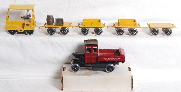 21: Delton Fairmount Speeder set and inspection truck