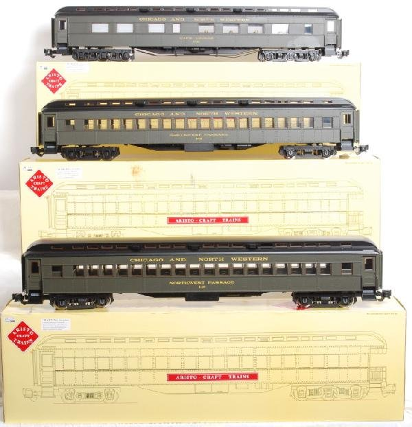 26: 9 Aristo Craft C&NW Heavyweight passenger cars - 2