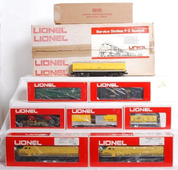 124: Lionel 1450 Rio Grande Service Station set