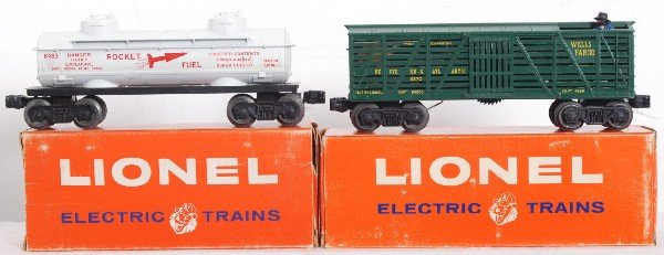 7: Lionel 3370 and 6463 freight cars in OB