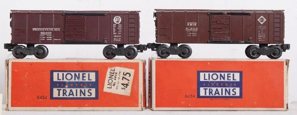 11: Lionel No. 6454 Erie and Pennsylvania boxcars in OB