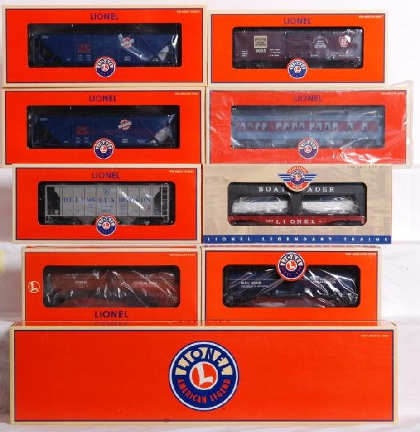 8: 9 Lionel modern freight cars LRRC, PWCC, Etc.