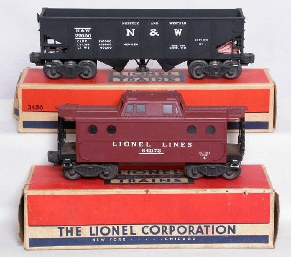 2016: Lionel 3456 operating hopper, 6427 caboose, OBs