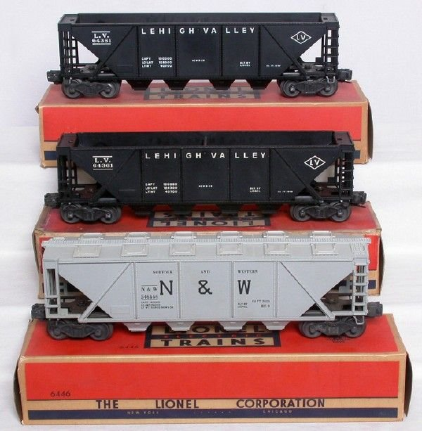2023: Lionel 6446 gray cement, two 6436 black hoppers