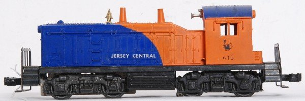 6: Lionel No. 611 Jersey Central NW-2 diesel switcher