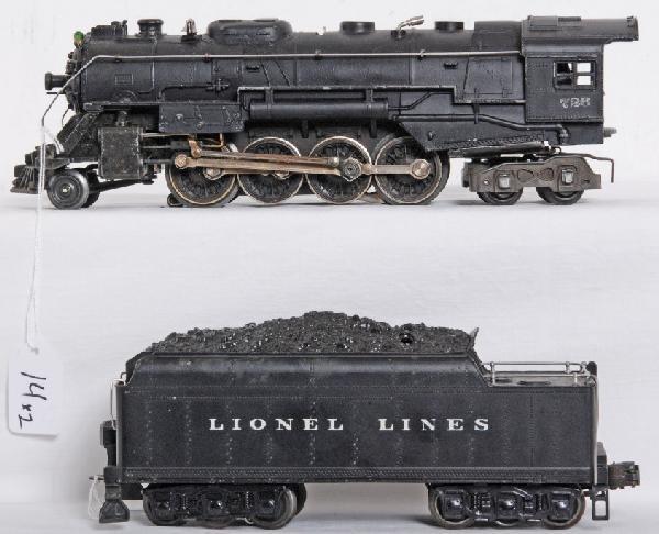 14: Lionel No. 726 steam loco and 2426W tender w/whistl