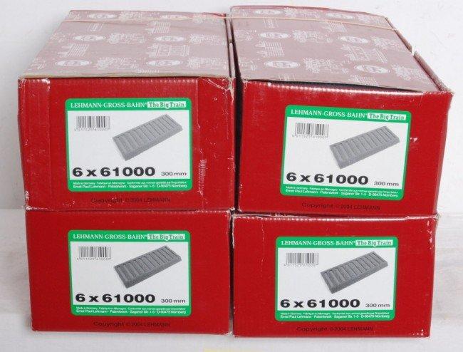 802: 4 boxes LGB 61000  straight roadbed