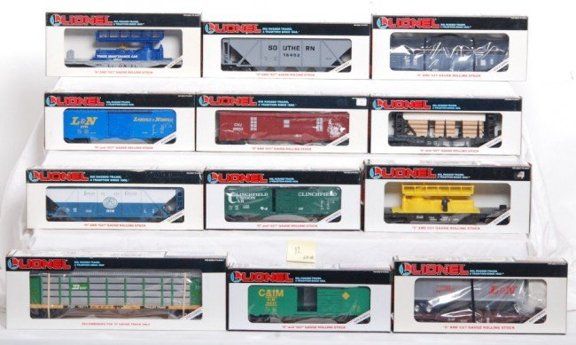 12: 12 Lionel freight cars 16620, 16358, 19237, etc.