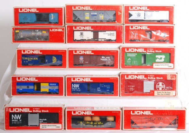 23: 15 Lionel MPC freight cars 9604, 9608, etc.