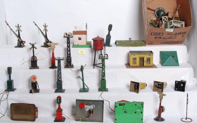 13: Prewar, postwar accessories, Marx, Lionel, A.F.