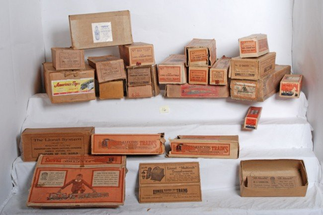 16: Empty Lionel and American Flyer original boxes