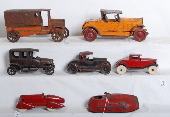 255: Seven very early tinplate/pressed steel vehicles