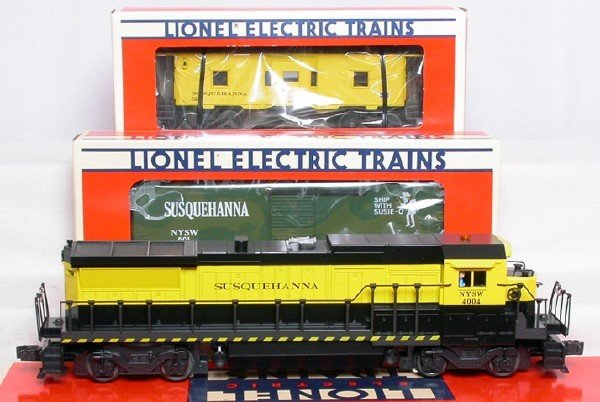 3009: Lionel 18218, 19717 and 17213