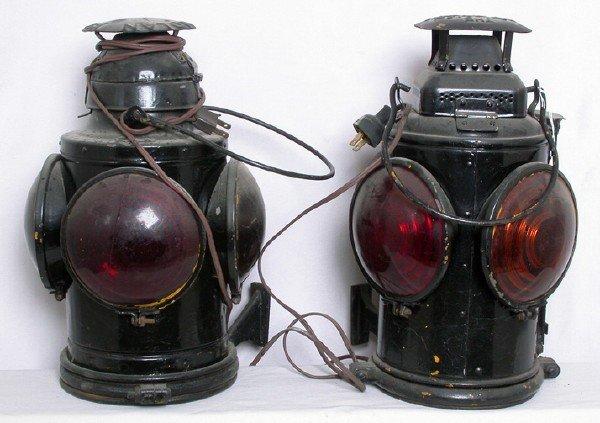 3023: Adlake Handlan marker lights, red amber lenses