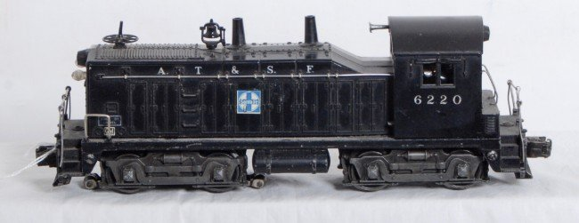 3: Lionel No. 6220 Atchison Topeka & Santa Fe NW-2
