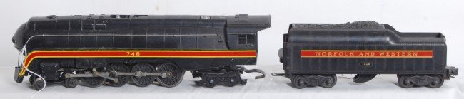4: Lionel No. 746 Norfolk and Western J class streamlin