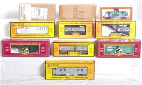 387 10 MTH club and 3 Lionel freight cars