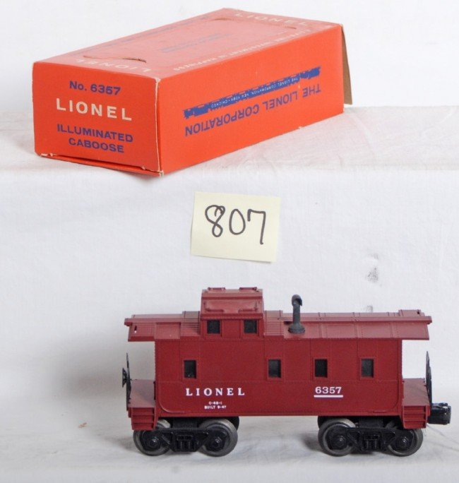 807: Lionel No. 6357 illuminated caboose in OB - 2