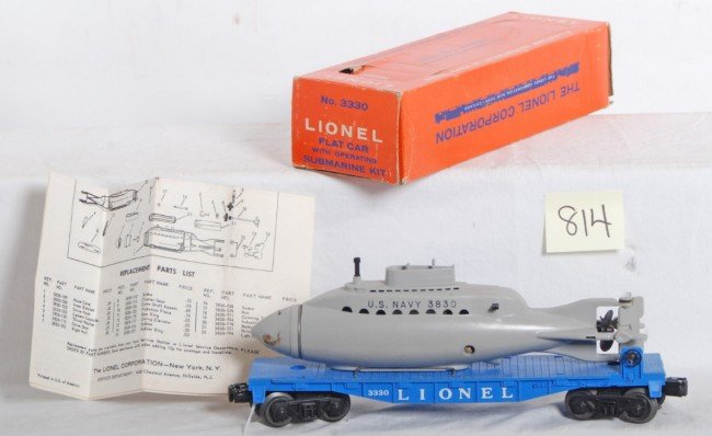 814: Lionel No. 3330 flatcar w/submarine in OB